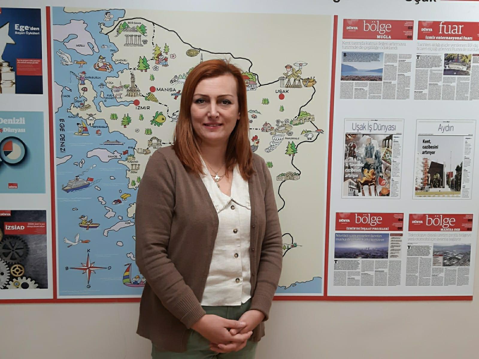 Ayşegül Güneysu Dünya Gazetesine başladı
